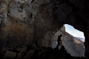 Chris Blakeley finds a cairn in Cairn Climb Cave